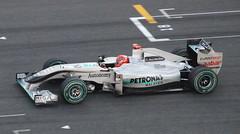 Formula One: Japanese Grand Prix 2010 - Michael Schumacher (Masakino Fuquini) Tags: car japan silver japanese michael nikon october bridgestone f1 grandprix formulaone deporte  driver circuit formula1 schumacher suzuka motorracing  gp 2010  formulauno japons japn   d80