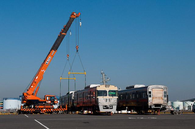 伊予鉄道3000系 3007F・3008F船積