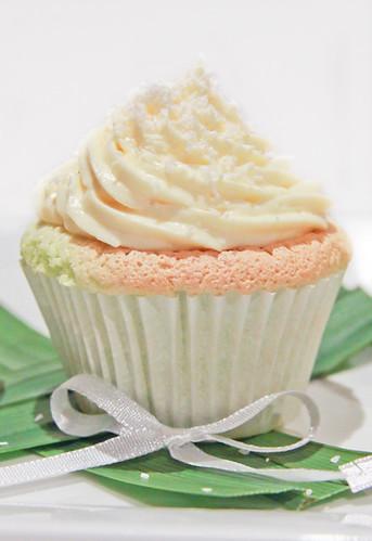 Pandan Chiffon Cupcakes-8