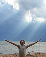 Lake Monticello Light (babyfella2007) Tags: lake monticello grant jason carson sun light cloud swimming water swim exploring fairfield county winnsboro child messianic boy young blue beach waterfront sc south carolina southern living garden gun goob good pretty storm ray rays sunlight beam outside