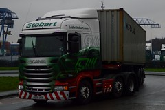 Stobart H2602 PO66 UOX Jean Sian at Widnes 3/3/17 (CraigPatrick24) Tags: eddiestobart stobartgroup stobart road vehicle transport truck lorry trailer delivery logistics cab scania scaniar450 widnes jeansian h2602 container skeletaltrailer po66uox