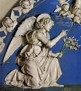 Andrea della Robbia, Annunciazione, 1490 ca. Firenze, Ospedale degli Innocenti