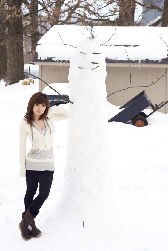 eki and snowman