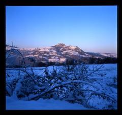 Val Trebbia, Pietra Parcellara (Marco Pecorini) Tags: val neve piacenza sotto forno coli velvia50 trebbia parcellara rolleiflex35