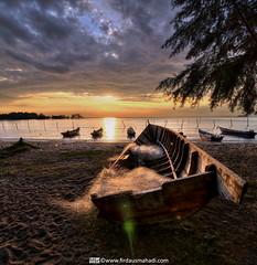 Stranded Away (Firdaus Mahadi) Tags: sunset sky sun beach landscape boats boat scenery laut malaysia hdr highdynamicrange pantai bot sampan portdickson pemandangan petang negerisembilan vertorama manfrotto055xprob acidsulfurik vedd tokina1116mmf28 firdausmahadi firdaus™