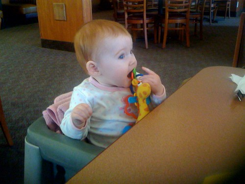 everly-eats-at-dennys