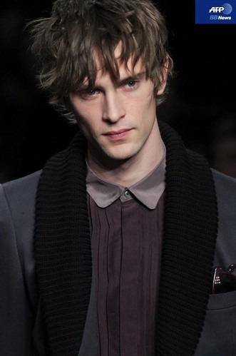 Mathias Lauridsen3205_FW10_Paris_Paul Amith(AFP BB News)
