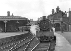 No.6853 'Morehampton Grange'. Gloucester (Eastgate). 16 June 1962 (ricsrailpics) Tags: uk bw steam gloucester 1962 eastgate 460 exgwr grangeclass