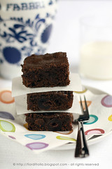 Brownies (alleggeriti) al cacao & ciliegie