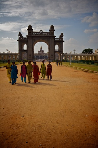 girls outside of Mysore Palace