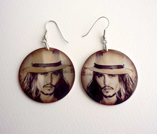 johnny depp earrings. tattoo johnny depp blow