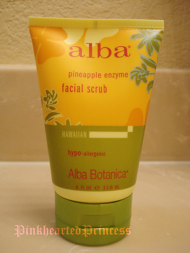 Alba pineapple face scrub