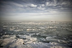 as cold as it looks (sole) Tags: winter seascape cold holland ice water landscape photography frozen frost nederland marken noordholland paisosbajos theneterlands lespaybas