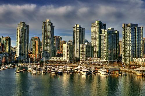 フリー画像| 人工風景| 建造物/建築物| 街の風景| ビルディング| マリーナ| カナダ風景| バンクーバー| 船舶/ボート| HDR画像|  フリー素材|