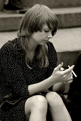 Englishwomen_034-BW (The-Wizard-of-Oz) Tags: london sitting smoking englishwoman