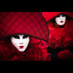 Venetian style II (manganite) Tags: street carnival red portrait people color colors fashion photoshop catchycolors germany dark geotagged costume nikon colorful europe soft bonn glow dof mask bokeh tl iso400 framed festivals streetphotography vivid posing frame highsaturation nrw venetian cropped d200 f56 vignette lightroom northrhinewestphalia nikond200 18200mmf3556 manganite colorefexpro 1400sec 1400secatf56 date:day=15 geo:lat=50734277 geo:lon=7090245 date:month=februar date:year=2010 carnivalbonn2010