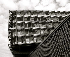 (-polarsnoo-) Tags: bw berlin architecture hospital germany charit steglitz olympusc4040z