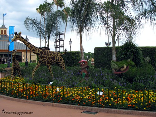 IMG_1070-WDW-EPCOT-topiary-critters