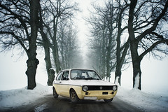 (koinis) Tags: blue snow cold rabbit yellow vw john golf volkswagen photoshoot sigma 1983 24mm 18 avenue twotone mk1 koinberg koinis