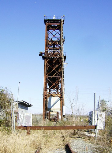 Truss Railroad Lift Bridge over Cedar Bayou, south of Spur 55, Baytown, Texas 0228101534