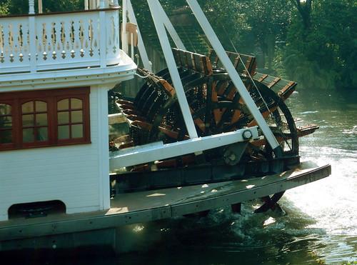 disney world magic kingdom rides. Disney World#39;s Magic Kingdom: Steam Boat Ride