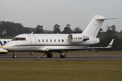 LX-ZAV - 5523 - Private - Canadair CL-600-2B16 Challenger 604 - Luton - 091111 - Steven Gray - IMG_4525