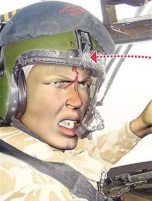 飞行员眉心中弹坚持驾机 挽救20名乘员