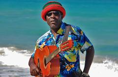 Artist på stranden i Jamaica