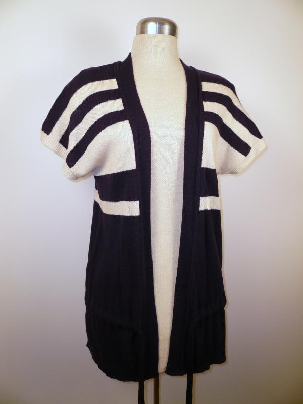knit vest open