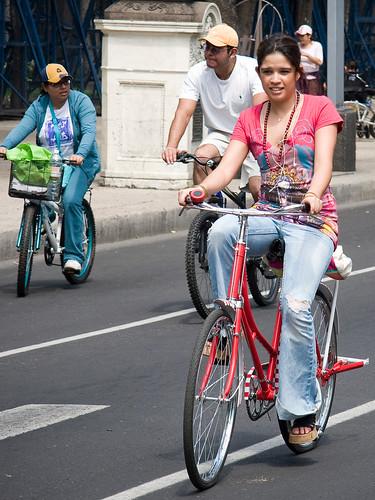Reforma Sunday Cyclechicista