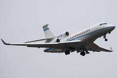 N907SB - 13 - Private - Dassault Falcon 7X - Luton - 100311 - Steven Gray - IMG_8213