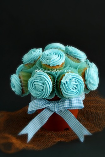 Blue Cupcake Bouquet