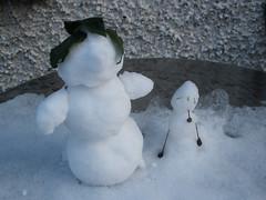 Snowmen on the garden table