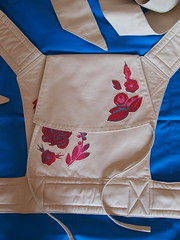 new mei tai (joontoons) Tags: flowers sand mt handmade sewing applique babycarrier meitai goodfolks asianbabycarrier ikeafabric meitaicarrier annamariahorner joontoons