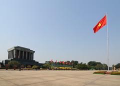 Ho Chi Minh Mausoleum, Hanoi (TigerPal) Tags: red hammer star nikon vietnam communist communism mausoleum sickle hanoi hochiminh hochiminhmausoleum d300s