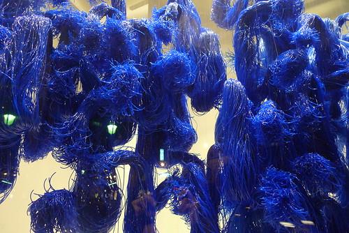 Vitrine Galerie des Galeries, Paris mars 2010