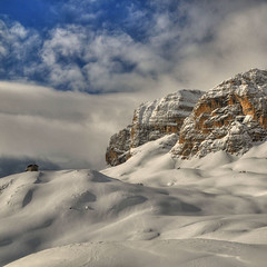 dolomiti (rinogas) Tags: italy snow clouds nikon nuvole neve hdr trentino dolomiti bolzano altoadige dolomitisuperski corvara theunforgettablepictures rinogas magicunicornverybest