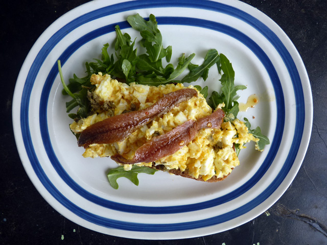 Egg Salad with Arugula and Anchovies 01