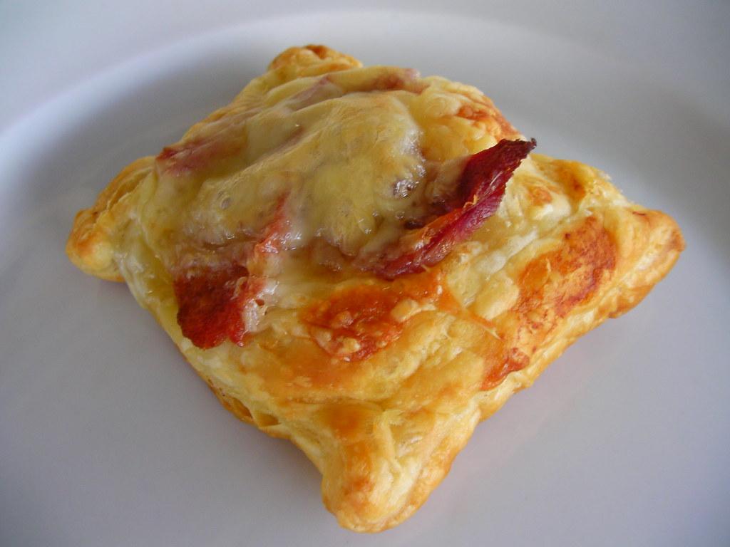 Ham+Swiss+Puff Pastry=Breakfast
