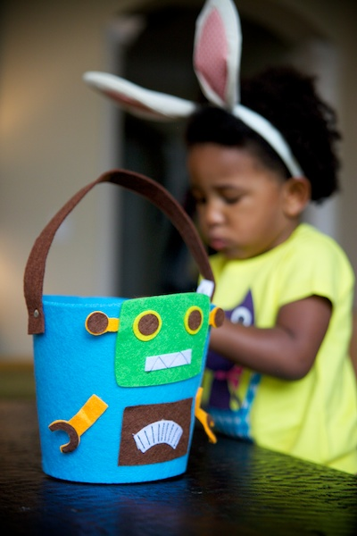 eliza's robot basket