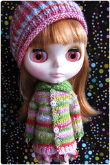 Gigi in pink and green ^^