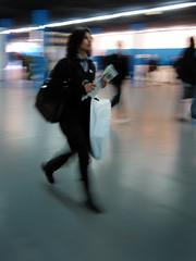Fil (philoufr) Tags: portrait motion blur paris speed subway mtro rushhour flou mouvement ratp sncf vitesse garesaintlazare heuredepointe canonpowershots90