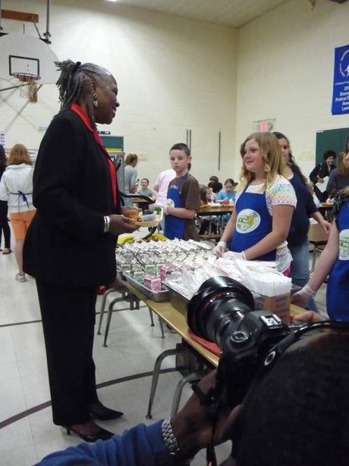 Audrey Rowe with Students at Waterford Elementary School