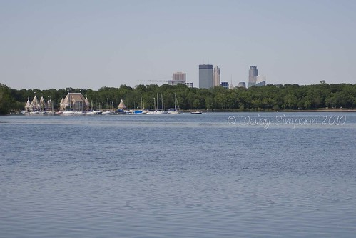 mpls skyline lake