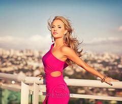 Breeze (_Paula AnDDrade) Tags: pink blue portrait music woman hot colors cores photography dj colours dress wind rosa blond blonde fotografia loira vento paulaanddrade djbibbapacheco bibbapacheco djbibba djbibbapaheco