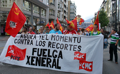 Fotos de la agitación de los CJC/CMC  y el PCPE-Asturies por la huelga general 4665576255_95fb649b0a