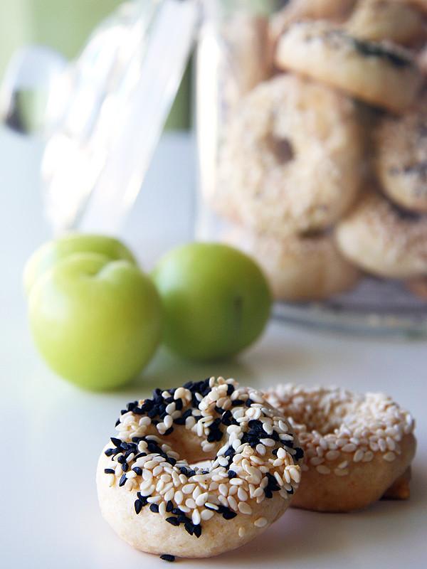 Salty Sesame Rings (Susamlı Çörek or Tuzlu Çörek)