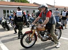 Mondial 175 (Roby1kenobi) Tags: world bike nikon track d2x bikes running guinness moto record circuit pista gilera monza raduno roby1kenobi robertomignanego 13062010