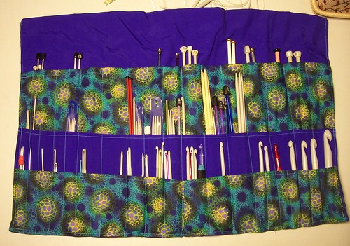Knitting needle and crochet hook case