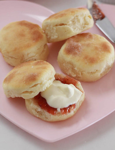 Buttermilk scones-3